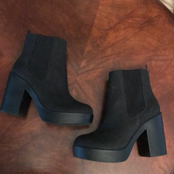 Hm Divided Chunky Platform Ankle Boots